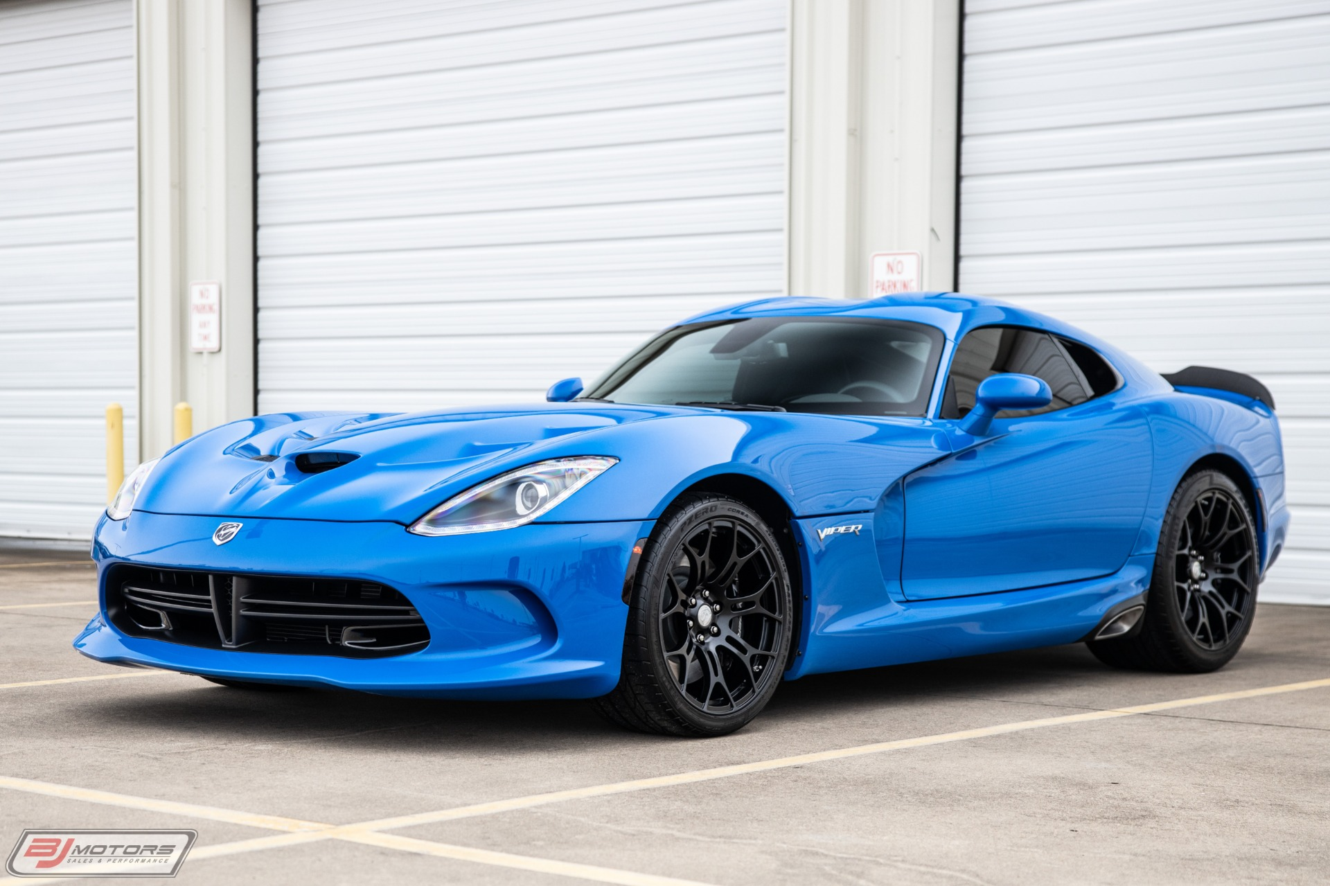 Used-2016-Dodge-Viper-SRT