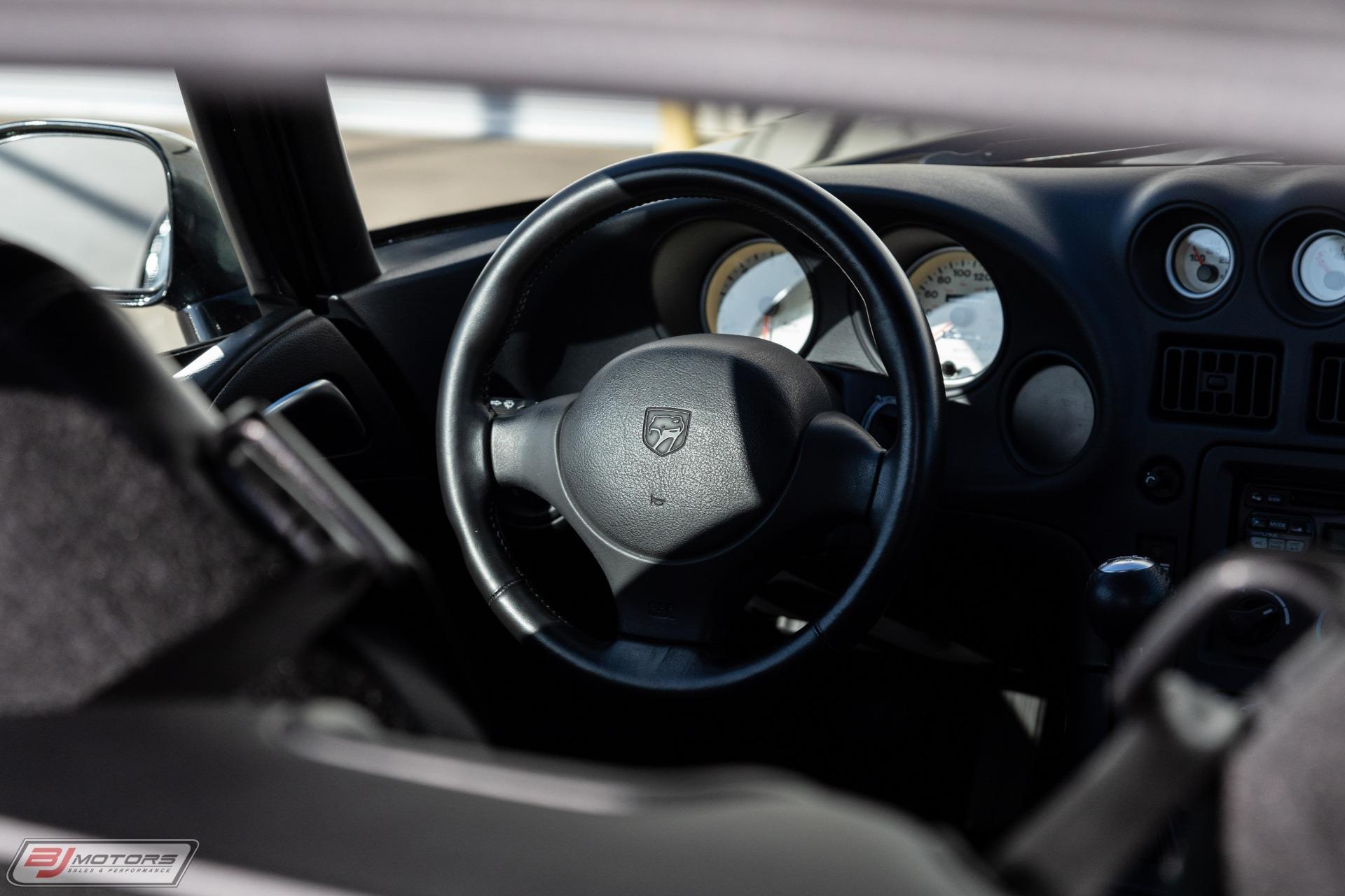 Used-2000-Dodge-Viper-ACR