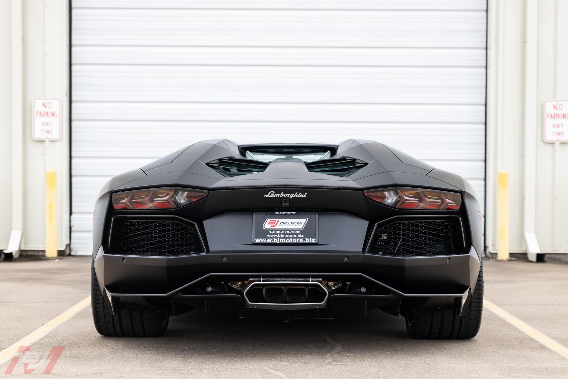 Used-2014-Lamborghini-Aventador-LP-700-4-Roadster