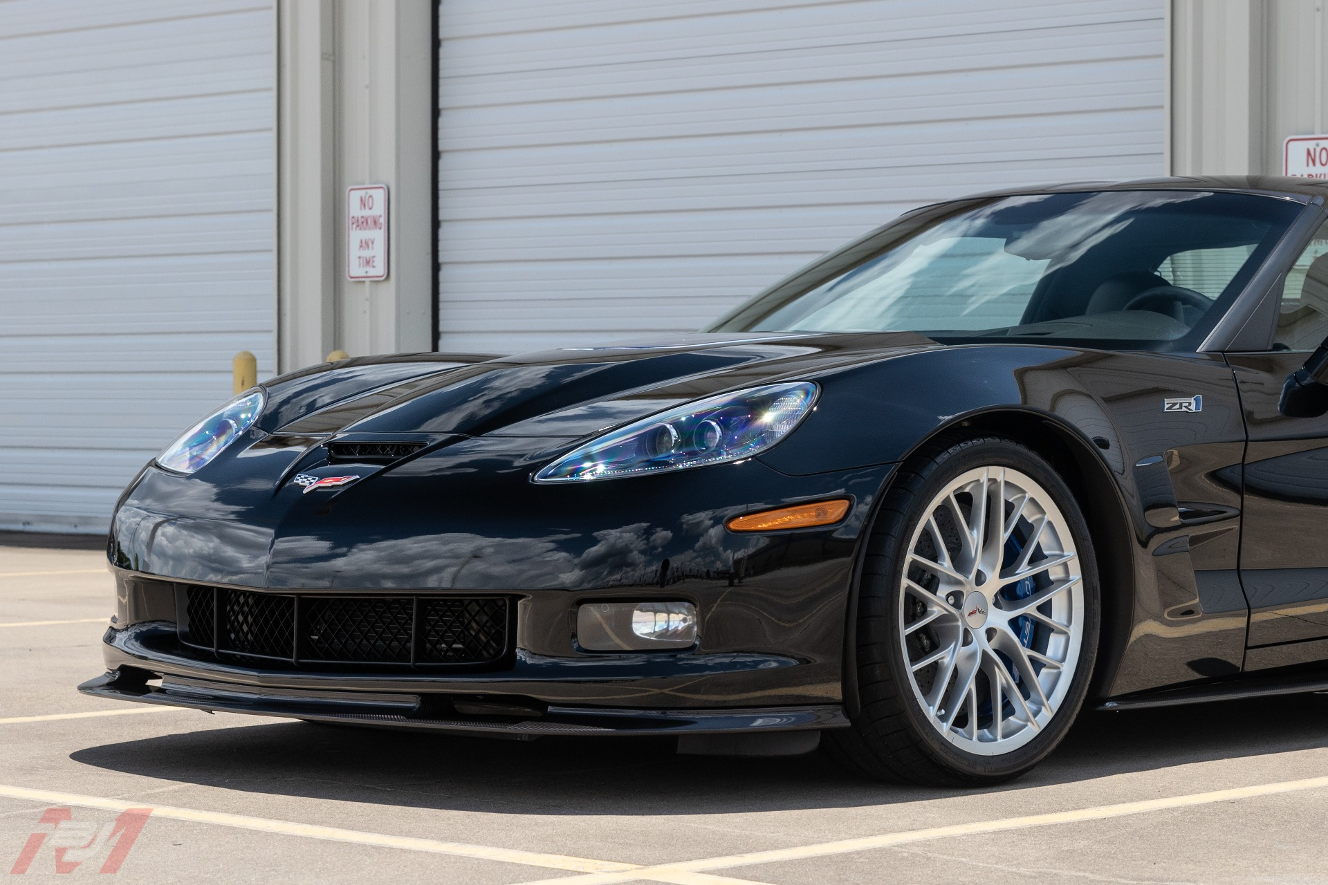 Used-2009-Chevrolet-Corvette-ZR1