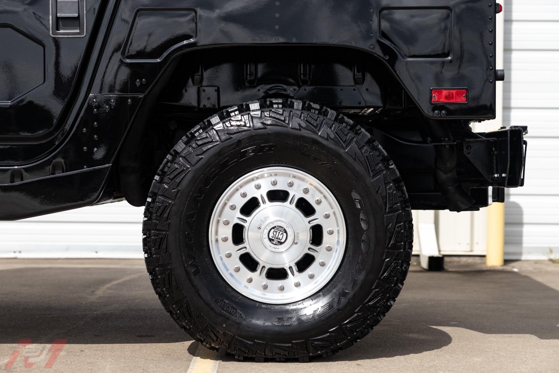 Used-2002-HUMMER-H1-Wagon