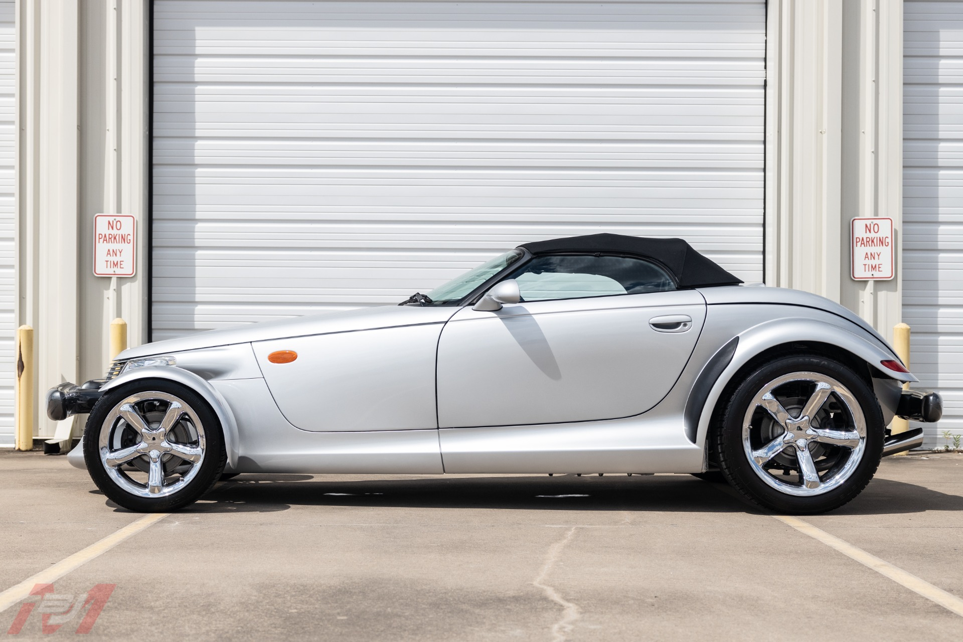 Used-2001-Plymouth-Prowler